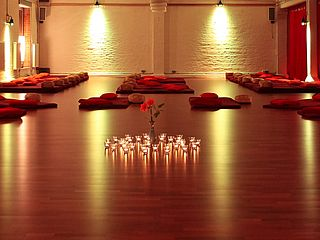 Yoga Workshop Roter Salon Bremen
