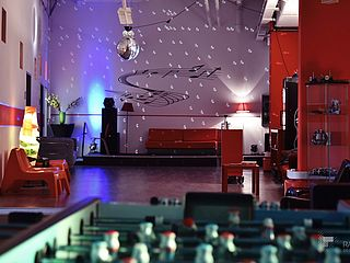 Raumansicht Kicker Delighted Events Modern Music School Bremen